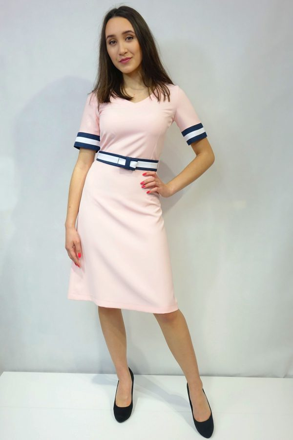 WZ sukienka model 6 róż zgadza się